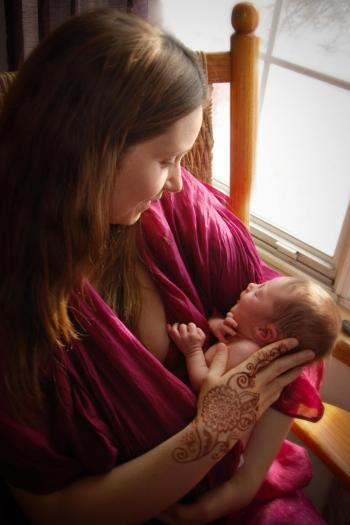 postpartum henna tattoos are traditionally done in the first 9 days to support the mama staying home and resting ~ in beauty ~ art and photography by SarahKate Butterworth SKB